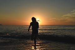 . from the sea (. ruinenstaat) Tags: tumraneedi ruinenstaat human people sun sunset sundown sonnenuntergang meer sea ocean ozean mare schatten shadow