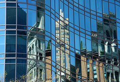 Reflections at Astor Place, Manhattan (SomePhotosTakenByMe) Tags: reflection spiegelung astorplace urlaub vacation holiday usa america amerika nyc newyork newyorkcity newyorkstate manhattan stadt city downtown innenstadt outdoor noho gebäude building architektur architecture wolkenkratzer skyscraper fassade facade