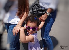 The little one and the family. (habanera19) Tags: pequeña child stilllife street urban colores cataluña beautiful fashion glamour españa barcelona family litle