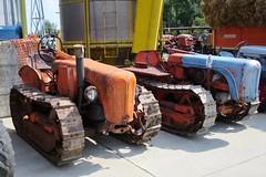 Oto Melara C25 R4 convertibile & C25 C (samestorici) Tags: trattoredepoca oldtimertraktor tractorfarmvintage tracteurantique trattoristorici oldtractor veicolostorico crawlertractor trattorecingolato