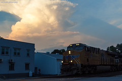 The Shadows of Sunset (nrvtrains) Tags: unionpacific cambriast coal christiansburg cambria christiansburgdistrict 821 norfolksouthern empty virginia unitedstates us