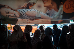 * (Sakulchai Sikitikul) Tags: street snap streetphotography summicron songkhla sony islamic islam muslim hijab 35mm coke cocacola a7s thailand hatyai