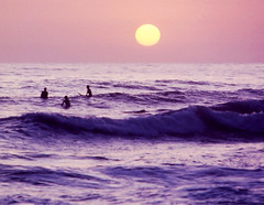 Sunset Surfers, San Clemente, CA 1990 (inkknife_2000 (9.5 million views)) Tags: california sanclementeca surfers sunset purpleskies dgrahamphoto waves ocean pacificocean californiacoast purple settingsun