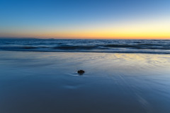 New Day Cloudless Sunrise Seascape (Merrillie) Tags: daybreak sunrise seashore nature dawn australia surf centralcoast morning weather newsouthwales waves noraville nsw sea beach ocean sky landscape earlymorning coastal waterscape outdoors seascape hargravesbeach coast water seaside
