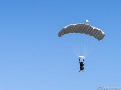 _DSC4862 (josmanmelilla) Tags: ejercito cielo azul paracaidistas helicpotero melilla españa patrulla aspa pwmelilla pwdmelilla flickphotowalk pwdemelilla