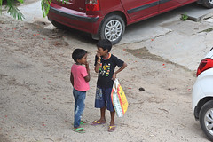 Chit Chat (vireshwali) Tags: d5600 gurgaon people talking boys in