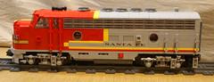 SantaFe_F7_315-03 (SavaTheAggie) Tags: lego train trains diesel locomotive engine santafe super chief warbonnet streamlined cab model