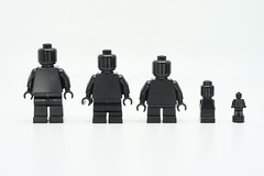 LEGO Monochrome Black 3 (Pasq67) Tags: lego minifigs minifig minifigure minifigures monochrome black afol toy toys flickr legography pasq67 2018 france noir brickpirate