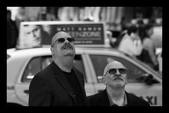 Brothers in confusion (Frank Fullard) Tags: frankfullard fullard candid street portrait puzzle confused brothers monochrome black white city cab tash moustache bald shades sunglasses newyork manhattan us usa taxi high above