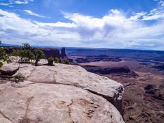 Dead Horse Canyon Overlook (Mr.Lujan) Tags: moab utah arches nationalparl deadhorsecanyonnationalpark canon sony olympus scenicoverlook canyons redrocks