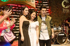 Minishow Ưng Hoàng Phúc - Phạm Quỳnh Anh (trixiecafelounge) Tags: unghoangphuc phamquynhanh youth singers artist hanoi vietnam music onstage stage livemusic concert minishow love colab trixie trixiecafelounge night hanoibynight feelin feeling