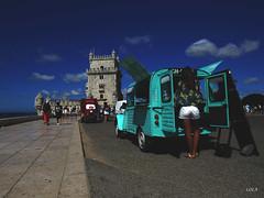 Vendedora de sueños (Lola Lopez Nuñez) Tags: vendedora sueños libros aventura viajando belem lisboa portugal