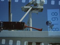 Powerless (BeMo52) Tags: alt ankerzentrum bugle hafen hanging horn infirm kraftlos old powerless schiff