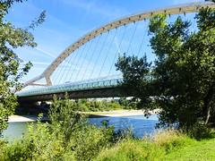 Puente del Tercer Milenio - (Nati Almao1) Tags: puentejlvmdomingo