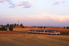 Camello (Tiger's transports) Tags: renfe 592 regional diesel linea cuenca valencia madrid