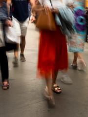 Red Skirt (Francisco (PortoPortugal)) Tags: 1712018 20180726fpbo85313 woman mulher pessoas people vermelho red saia skirt sapatos shoes interiores indoors railwaystation estaçãodesbento porto portugal franciscooliveira