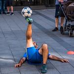 2018 - Germany - Munich - Marienplatz Busker thumbnail