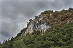 Falaise lotoise (domingo4640) Tags: lot causse falaise couleur ciel quercy loxia loxia85 loxia2485 paysage departementdulot