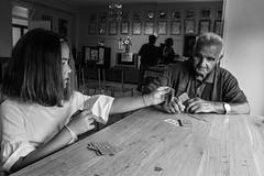 Istituto Giovanni XXIII (Claudia Celli Simi) Tags: istitutogiovannixxiii bw bn biancoenero blackandwhite monocromo monocrhome contrasto ritratti volti anziani vecchi viterbo facchinidisantarosa 2settembre carte gioco