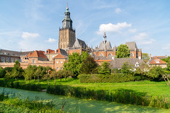 Walburgiskerk (Sebastian Sucharski) Tags: flickr niederlande architektur sony zutphen 1670mmf4 alpha 6500 provinzgelderland nl