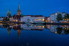 Lübeck zur blauen Stunde (Pippilotta aus dem Tal) Tags: sel1635z