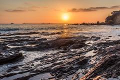 Sunset at the Tide Pools (SCSQ4) Tags: coronadelmarstatebeach coronadelmar beach tidepools ocean sunset landscape seascape newportbeach