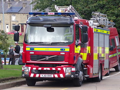 6121 - WYFRS - YJ61 BVE - 101_2506 (Call the Cops 999) Tags: uk gb united kingdom great britain england 999 112 emergency service services vehicle vehicles wyfrs west yorkshire fire and rescue halifax station open day saturday 25 august 2018 volvo jdc john dennis coachbuilders pump ladder yj61 bve