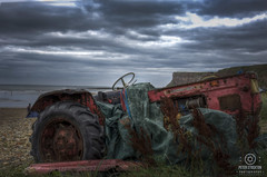 tractor on the beach yorkshire (kapper22) Tags: tractor beach yorshire rusty blue outdoors cloudy hdr red green sea water cliff lanscape
