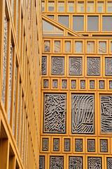 Gemeentehuis Deventer (Explored) (l-vandervegt) Tags: 2018 augustus august nikon d3200 tamron nederland netherlands holland hollande paybas overijssel deventer gemeentehuis stadhuis vingerafdruk kunst art architecture architectuur