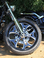 Metal Magic.... (BIKEPILOT, Thx for + 4,000,000 views) Tags: harleydavidson newlandscorner guildford surrey uk england britain vehicle transport classic motorcycle motorbike bike metal