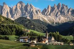 Santa Maddalena - Val di Funes - Italy (Luis Ascenso) Tags: italy dolomites mountain santa maddalena val funes di