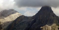 Dolomiti - Il cappello della montagna (Jambo Jambo) Tags: nuvole clouds dolomiti sanmartinodicastrozza paledisanmartino rosetta cimarosetta alpi dolomitesalps montagne mountains parconaturalepaneveggio jambojambo sonydscrx100 paesaggio montagna panorama landscape trentino trento italia italy