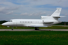 C-FXXU (Flightexec) (Steelhead 2010) Tags: flightexec dassault falcon f900 bizjet yhm creg cfxxu