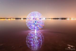 Esfera en la laguna III