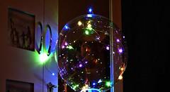 Globo Luminoso (Gabriela Andrea Silva Hormazabal) Tags: iluminación lights luces decoración interior exterior design fibra optica colores magico magic espacio space magia