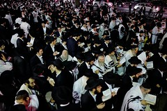 @CentralES1 : RT @TIME: 4 things to know about Yom Kippur https://t.co/OPIFBFX13y (shannon_simkus) Tags: ifttt twitter yom kippur nyc new york usa 12 oct 2016 hundreds jewish men continue pray at conclusion services as they leave chabadlubavitch world headquarters brooklyn borough is day atonement holiest year faith judaism social affairs city united states north america religion 44196106