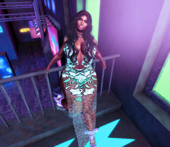 IssUe: 008 WyneFyne ([v]ulgur taste) Tags: jewlery lipstick late night flash colors love peace neon shoes dress outtings glame pretty girls melanin hair bow short tall green white gold