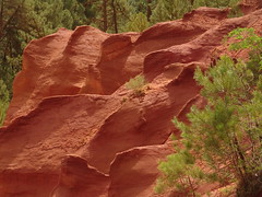 Ocher earth (degreve.sarah) Tags: ocre ocher red provence park