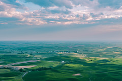 Steptoe Butte (ValeTer_) Tags: sky green horizon grassland cloud aerial photography atmosphere daytime plain field nikon d7500 usa wa washington steptoe butte landscape nature steptoebutte