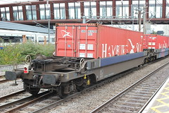 Put it in the Pocket . (AndrewHA's) Tags: stratford london railway station train freightliner bogie pocket container wagon gers 97763 bristol felixstowe 4l31 low