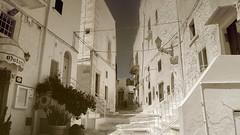 It's All White (Coquine!) Tags: christianleyk italia italy italien puglia apulia apulien ostuni mediterranean mittelmeer town white weiss