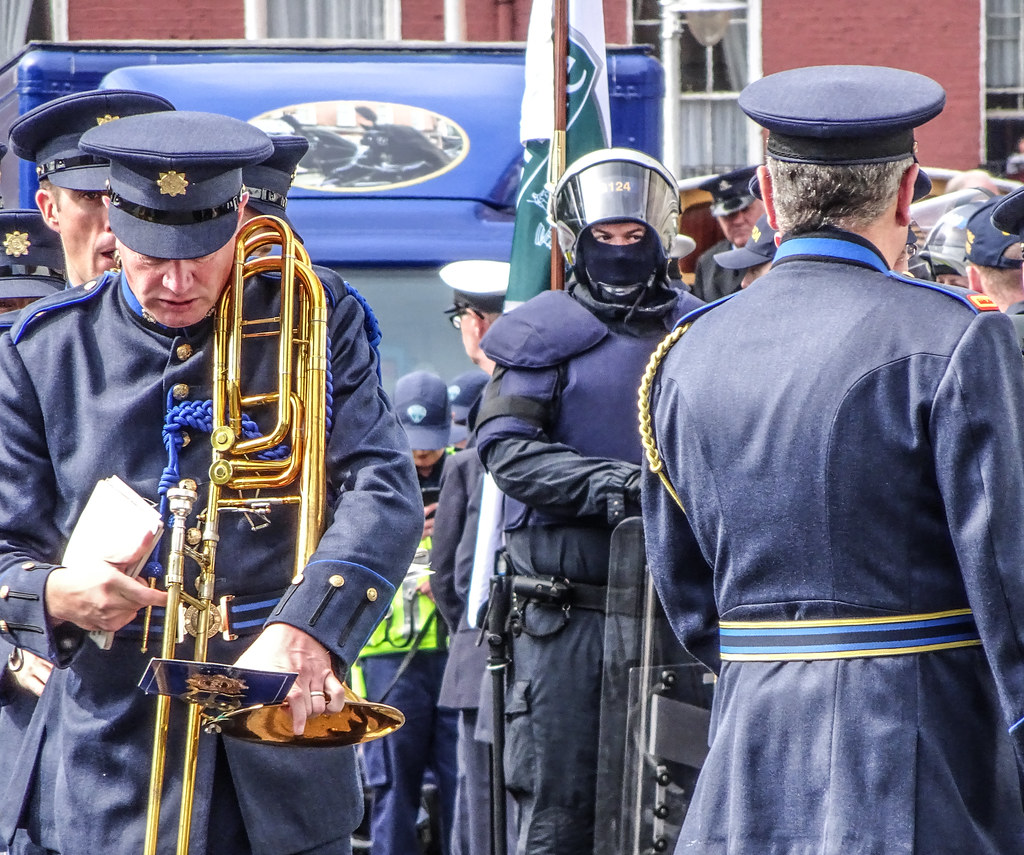 NATIONAL SERVICES DAY [PARADE STARTED OFF FROM NORTH PARNELL SQUARE]-143639