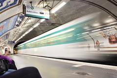 Ghost train... (pescarolo041) Tags: metro undergraund subway parís tokina1120 nikon train moviment tokina nikond7200