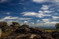 Parque Salão de Pedras (rodrigo_fortes) Tags: parque salão de pedras conceição do mato dentro minas gerais estrada real céu sky paisagem landscape