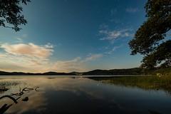 Mondnacht über dem Laacher See (clemensgilles) Tags: nightphoto stars sternenhimmel starlight rheinlandpfalz deutschland lakeside lake see nachtfotografie night eifel germany beautiful