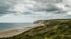Reighton sands (Stickyemu) Tags: landscape seaside sea ocean clouds green reightonsands northyorkshire beach sand cliff clifftop nikond500 nikon1755mm28dx