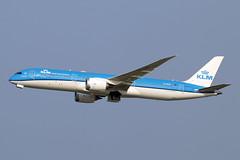 PH-BHD (JBoulin94) Tags: phbhd klm royal dutch airlines boeing 7879 dreamliner washington dulles international airport iad kiad usa virginia va john boulin