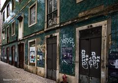 Lisbon street (ericbaygon) Tags: street rue lisbon lisbonne portugal old ancien carrelage nikon tiling pavé window fenêtre door porte