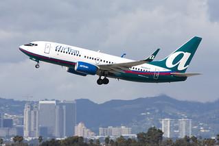 N290AT_Boeing737-700_AirTran_LAX