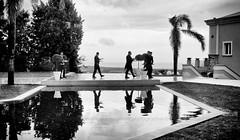 Impettiti (encantadissima) Tags: wedding calabria bienne camerieri piscina riflessi